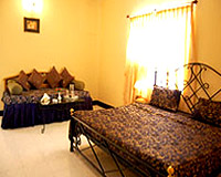 Guest Room-Hotel Yorkshire Inn, Mount Abu